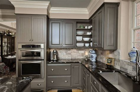 30+ Painted Kitchen Cabinets Ideas For Any Color And Size Kitchen Cabinet Makeover Contemporary Galley Kitchens Yellow And Purple Ideas Pictures Urban Blum Rustic Modern Design Cottage Elsecar Layout