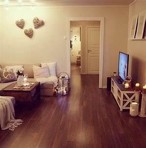 Kleines Wohnzimmer Gestalten : die besten 17 ideen zu kleine wohnzimmer auf pinterest wohnen wohnzimmer und wohnzimmerentw rfe ~ Markanthonyermac.com Haus und Dekorationen