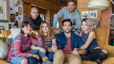une superbe bande annonce pour la 3e saison de la s 233 rie le chalet showbizz net