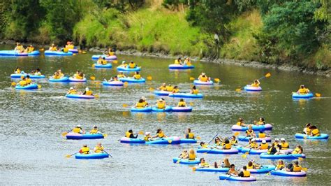 Inflatable Boat Yarra River by Yarra River Hundreds Of Melburnians Float Down The Yarra