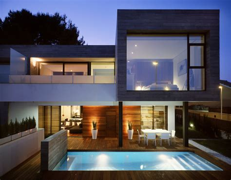 Modern Houses : 6 Semi-detached Homes United By Matching Contemporary
