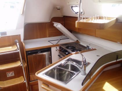 Bareboat Hire Perth by Solitaire 32ft Catalina 320 Mkii Yacht Hire Melbourne