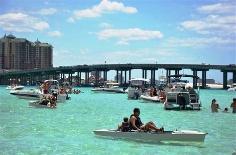 Destin Party Boat Rentals by Crab Island Destin Fl Cruises And Boat Rentals Things To