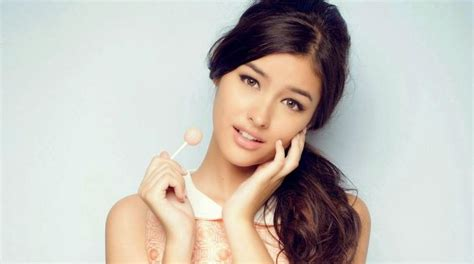 Liza-soberano-top-most-popular-beautiful-women-in-the
