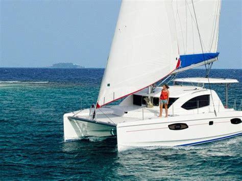 Catamaran Cruise Maldives by Maldives Catamaran Cruise Helping Dreamers Do