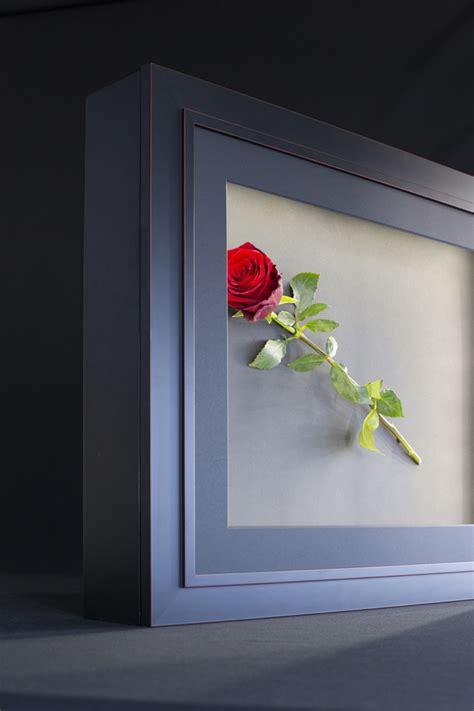 encadrer des objets avec la led box l eclat de verre cadres miroirs et encadrement sur mesure
