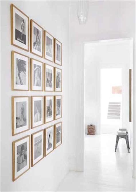 accrocher une galerie de photos sur un mur de l entr 233 e