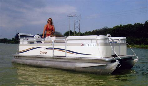Paddle Boat Rentals Madison Wi by Amenities Crown Point Resort In Stoughton Wi Located On