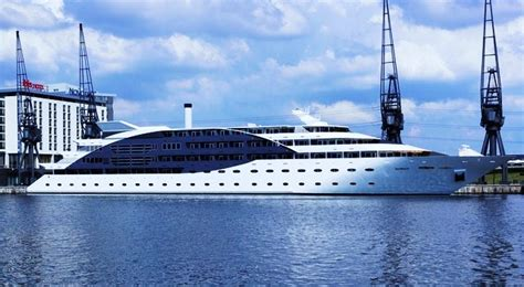 Yacht Boat London by Retro Gaming Vs Silent Disco The Mega Yacht Party
