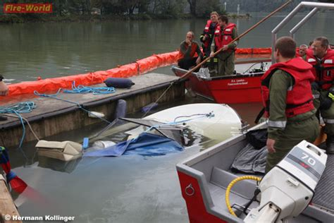Motorjacht Agatha by O 246 Gesunkenes Boot Im Yachthafen In Der Schl 246 Gener Schlinge