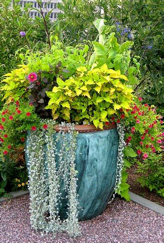 2 Patio Garden Ideas To Adorn Your Home Exterior