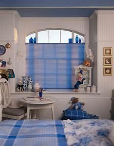 Plissee Verdunkelung Kinderzimmer : verdunkelung und fensterdekoration kreativ verbinden 20 ideen ~ Markanthonyermac.com Haus und Dekorationen