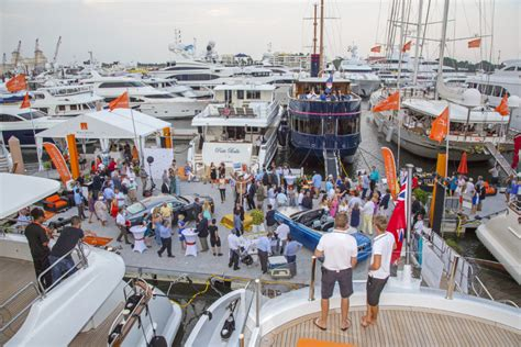 Miami Beach Boat Show 2017 by Boats In The Show Palm Beach 2017 Worth Avenue Yachts