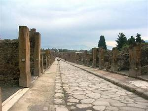 The Beautiful Network of Ancient Roman Roads - Atlas Obscura