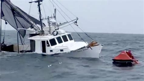 Boating Accident Cape Cod Canal by Raw Video Scallop Boat Sinks In 60 Seconds Off Cape May