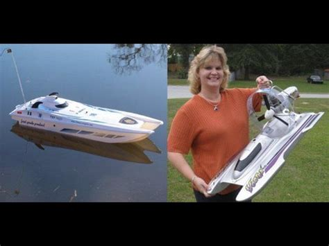 Electric Boat Vortex by Admiral Electric Boat Vs The Vortex Nitro Powered Boat