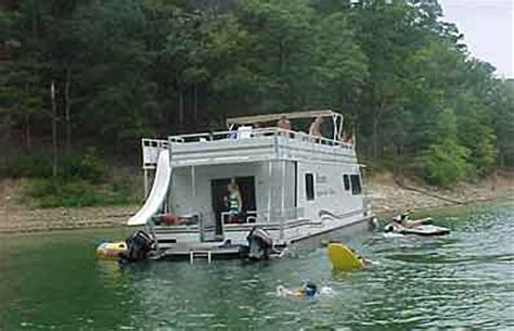 Party Boat Rental Lake Keowee by House Boat Rentals