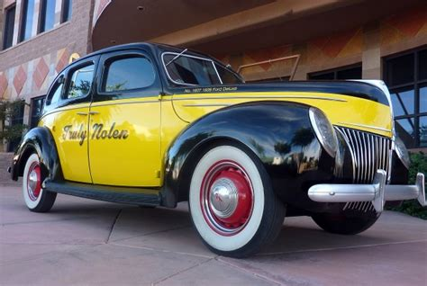 Company Diversifies By Selling 'mouse Cars,' Antique
