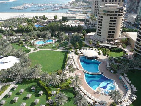 file dubai marina from le royal m 233 ridien resort and spa in dubai jpg wikimedia commons