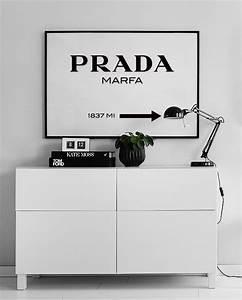 Prada Marfa Bild Bedeutung : poster of a prada marfa sign in black and white gossip girl fashion print ~ Markanthonyermac.com Haus und Dekorationen