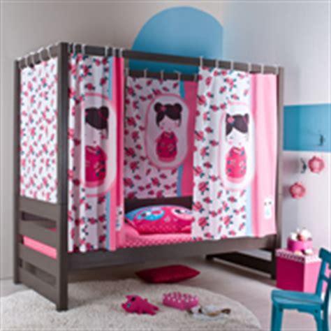 decoration et mobilier chambre de fille baldaquin lit princesse d 233 co enfant chambre de