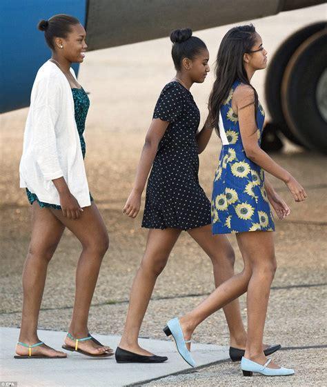 Michelle Obama And Daughters Sasha And Malia To Meet