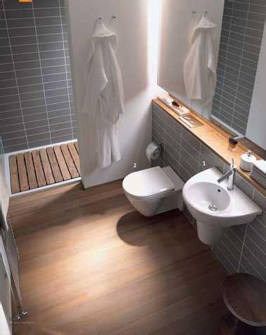 salle de bain carrelage gris et bois