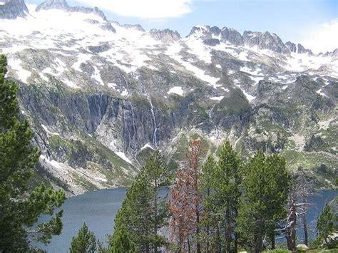 que peut on voir dans le parc national des pyr 233 n 233 es