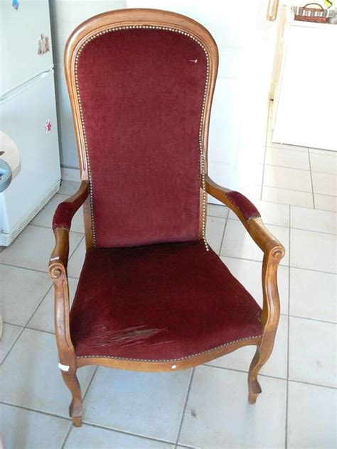 fauteuil voltaire le bon coin table de lit a roulettes