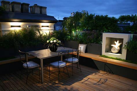 Modern Roof Garden Design With Nice Lighting For Garden