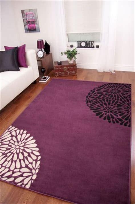 linge de maison tapis de salon moderne violet noir et cr 232 me linge de maison pas cher en