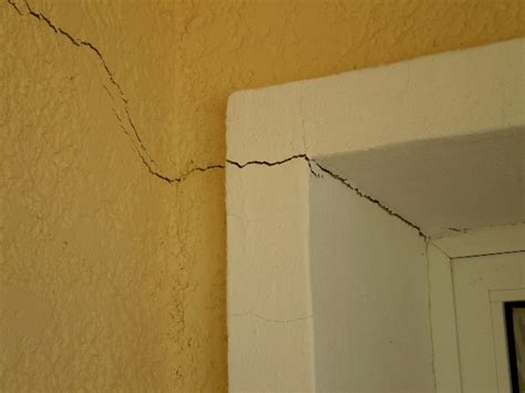 common causes of wall and floor cracksemergent