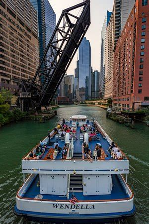 Which Wendella Boat Tour Is Best by Wendella Sightseeing Boats Chicago 2018 All You Need