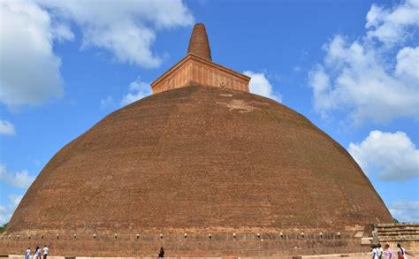 10 Tallest Man-made Buildings From The Ancient World
