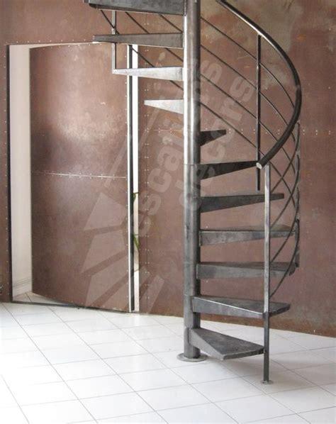 1000 ideas about escalier h 233 lico 239 dal on escalier en colima 231 on escalier