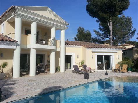 superbe villa moderne piscine entour 233 e de palmiers vue