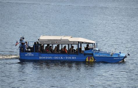 Duck Boat Kills Woman by Duck Boat Driver Involved In Deadly Crash Had 10 Speeding