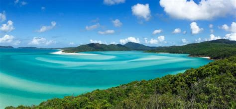 Whitsundays Party Boat by What Are The Best Whitsunday Island Tours Rtw Backpackers