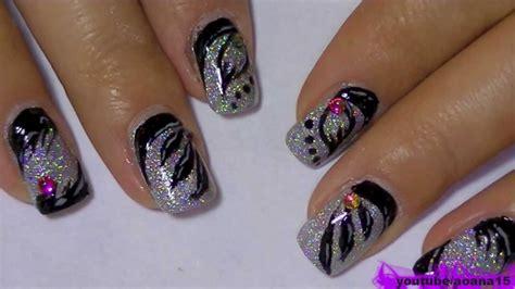 Holographic Nail Polish And Black, 3 Types Of Nail Art