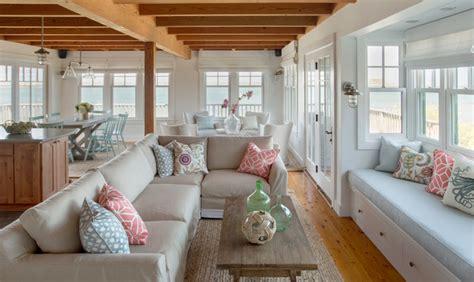 Martha's Vineyard Interior Design cottage  Beach Style