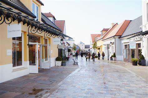 shopping 224 la vall 233 e mode and the city
