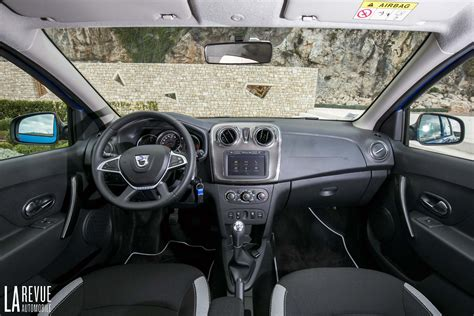 photo sandero stepway tce 90 interieur
