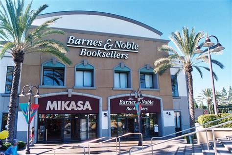 barnes noble bookstore the growing influence of non traditional book sales