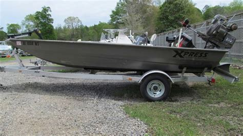 Xpress Fishing Boat For Sale by Used 2015 Xpress Boats Hd Drop Deck Jon Boat Series