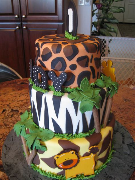jungle theme cake jungle cakes decoration ideas birthday cakes