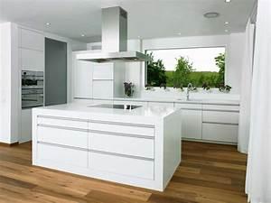 Moderne Küchen Bilder : k chen modern wei k che weiss modern bilder k che pinterest kitchens and interiors ~ Markanthonyermac.com Haus und Dekorationen