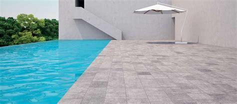 carrelage pour piscine comment choisir guide artisan