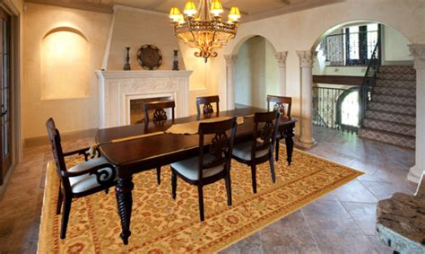 What Size Rug To Use For Your Dining Room