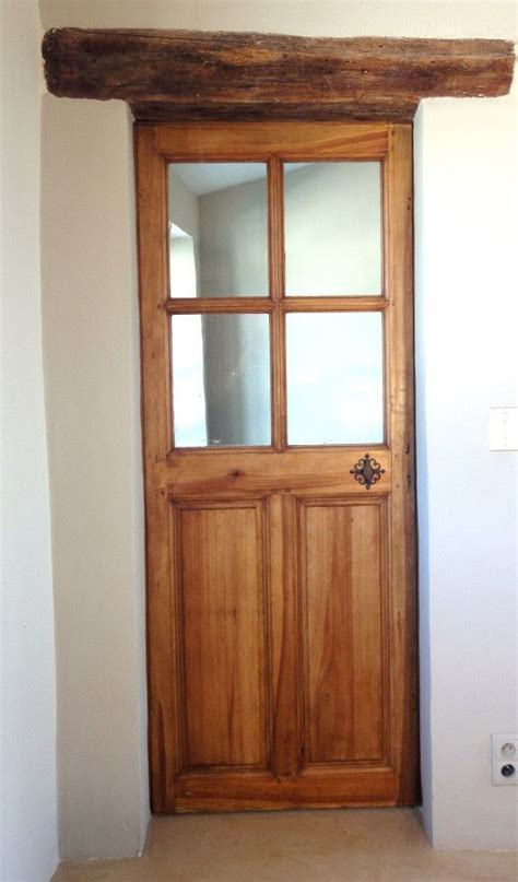 porte vitr 233 e 224 4 carreaux bois chaleureux et d 233 coratif portes int 233 rieures portes antiques