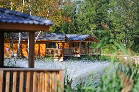 chalet bord de lac photo de le du lac bruges tripadvisor